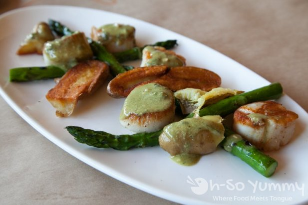 The Girl and the Fig - Scallops