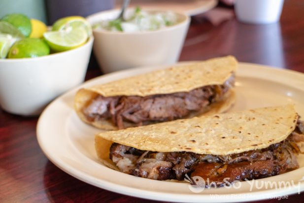 Aqui es Texcoco - Traditional Mexican Lamb and Cabeza Tacos