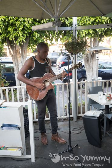 Vinny D live music at The Cottage La Jolla