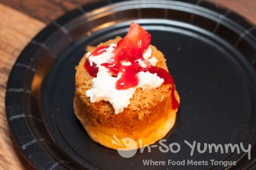 maestro's buttercake at food jazz and wine event
