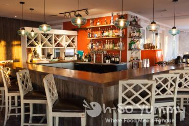 bar area of Tidal restaurant in Mission Bay of San Diego