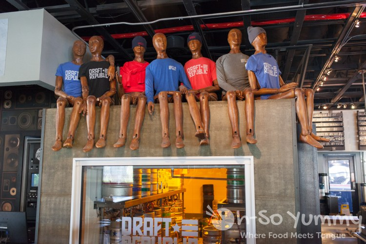 mannequins at Draft Republic in La Jolla