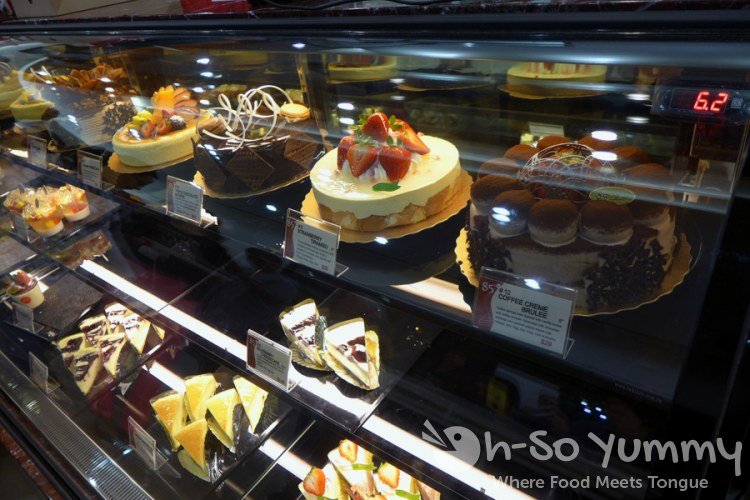 display of delicious cakes at 85C Bakery Cafe in San Diego