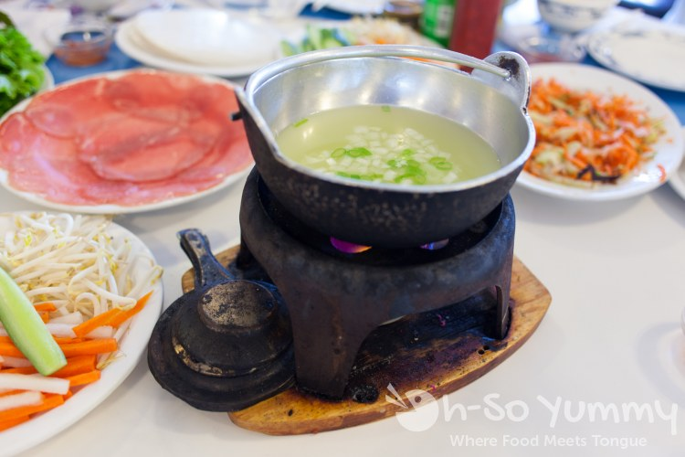 vinegar broth for beef fondue at Anh Hong Restaurant in Garden Grove