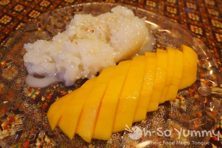 Bangkok Bay - mango with sweet sticky rice