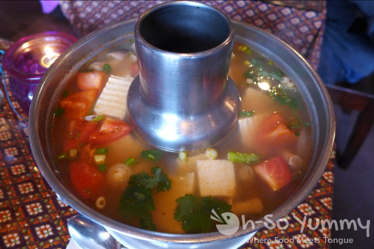 Bangkok Bay - tom yum tofu, fire pot size