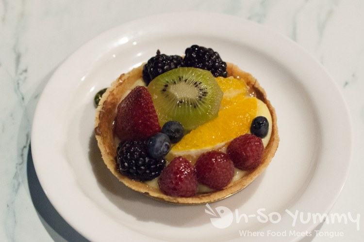 fruit tart at Champagne Bakery in Del Mar