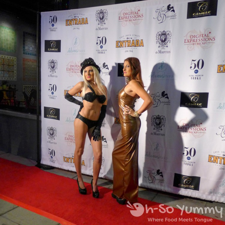 Entrada Little Italy red carpet models