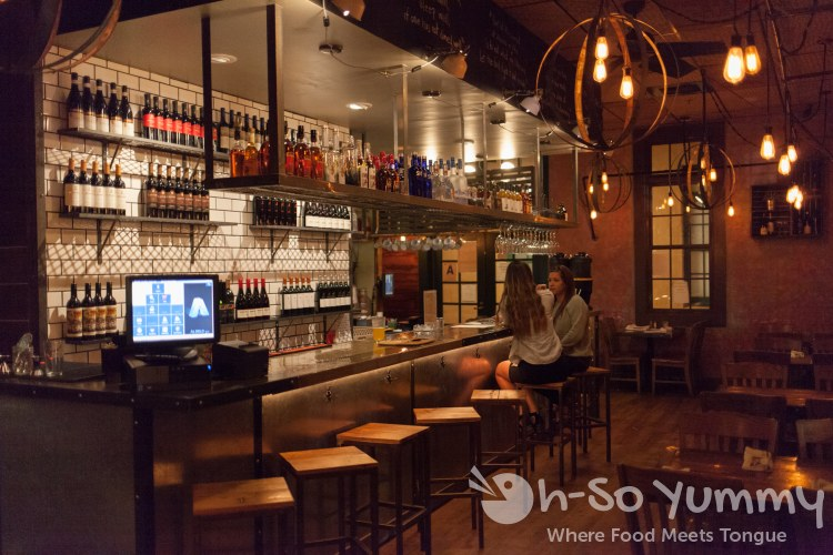 indoor bar seating at Fig Tree Cafe (Liberty Station)