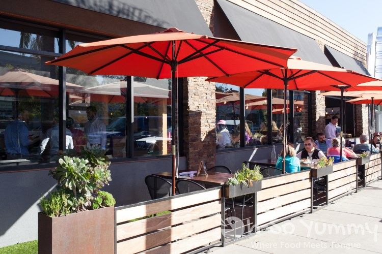 outdoor patio at Leroy's Kitchen and Lounge in Coronado