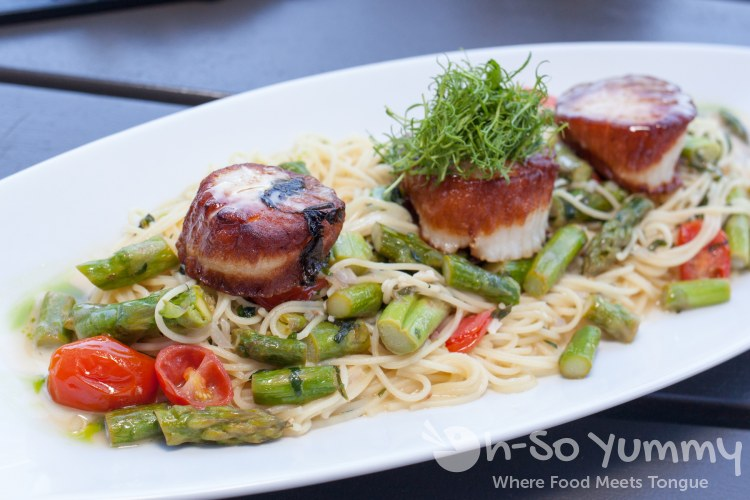 seared Maine diver scallops at Nick and G's in Rancho Santa Fe, California