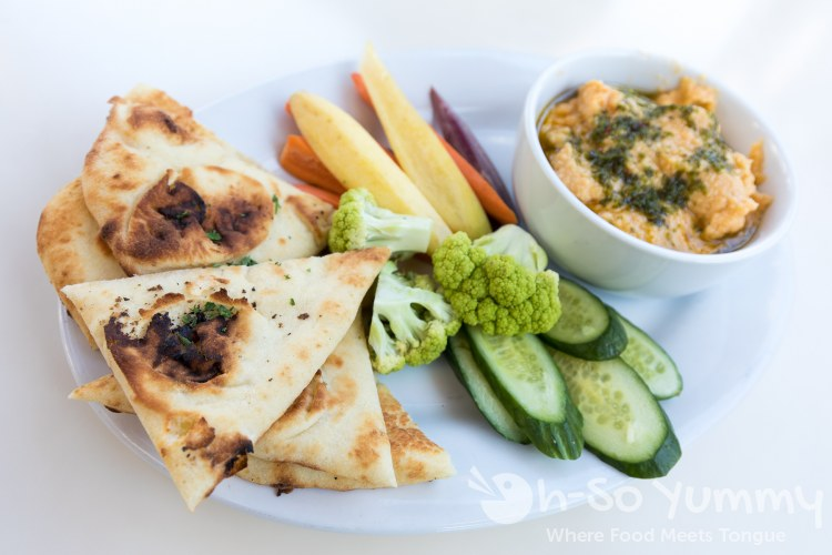 Veggie and Hummus at Queenstown Bistro in San Diego