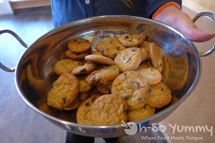 fresh chocolate chip cookies at souplantation