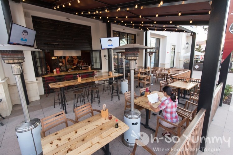 patio of Wokou Ramen and Yakitori at The Village in Pacific Highlands Ranch