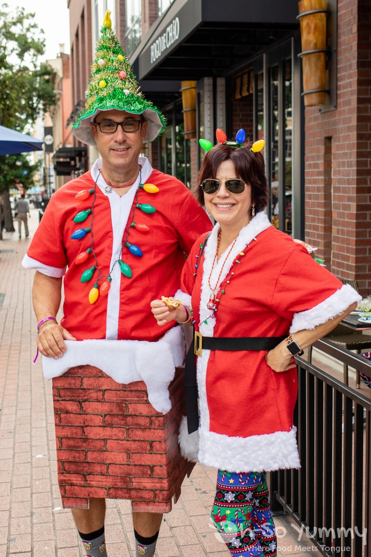 Santa Run participants at toast of gaslamp 2019